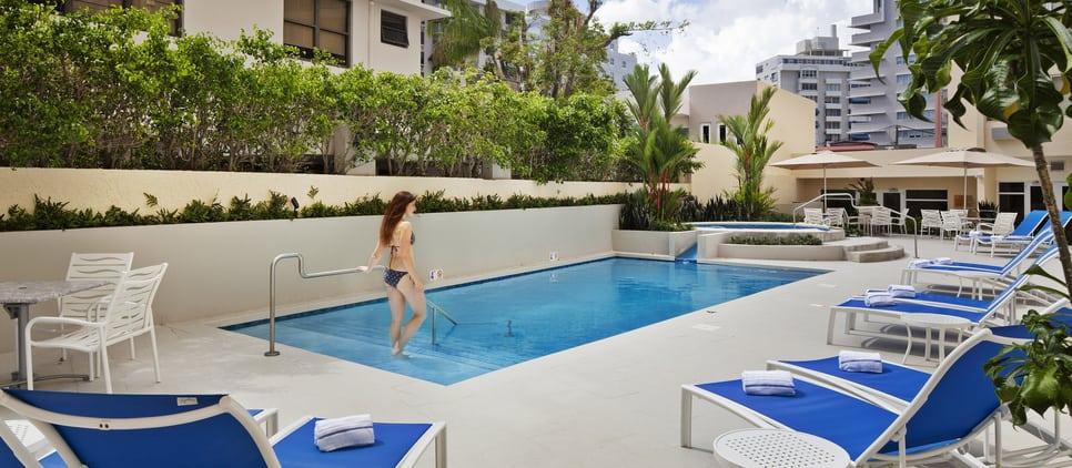 Piscina 1 Hotel Condado Palm